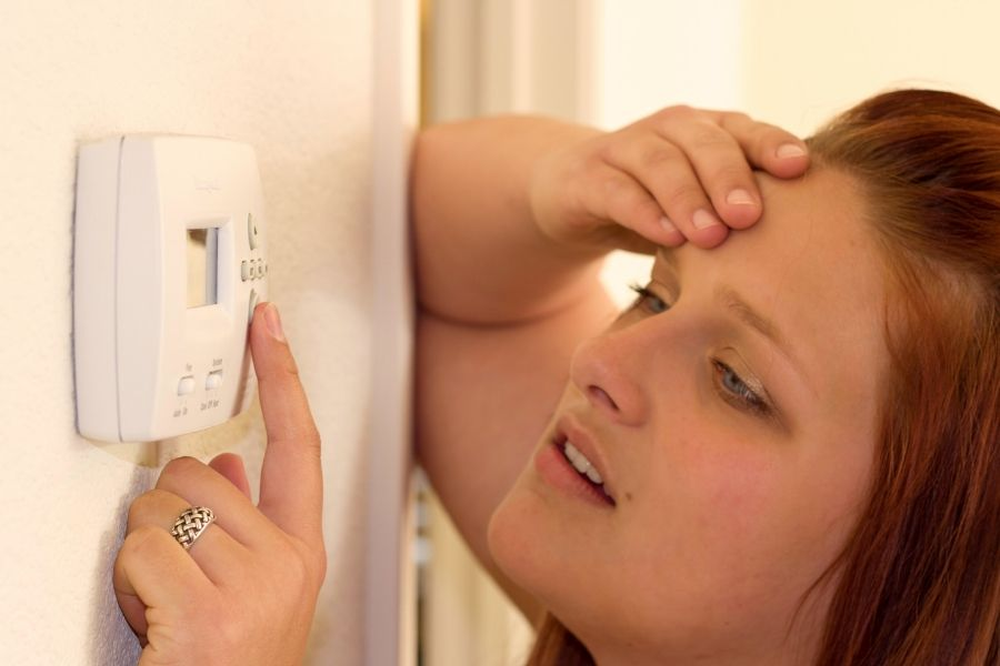 Here Are the Most Common Reasons Behind Uneven Heating In Rooms